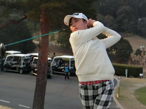15-18歳女子で首位通過を果たした秋田藍