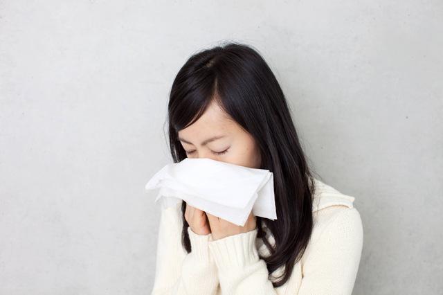 その鼻づまりは副鼻腔炎(蓄膿症)?軽症で治す副鼻腔炎治療のコツ
