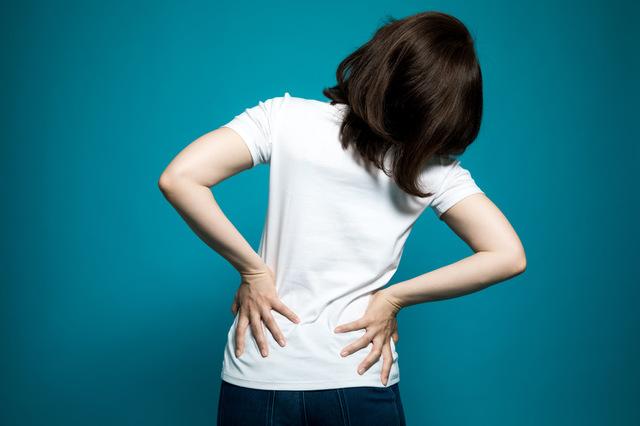 関節が凝り固まると体にどのような影響があるのか