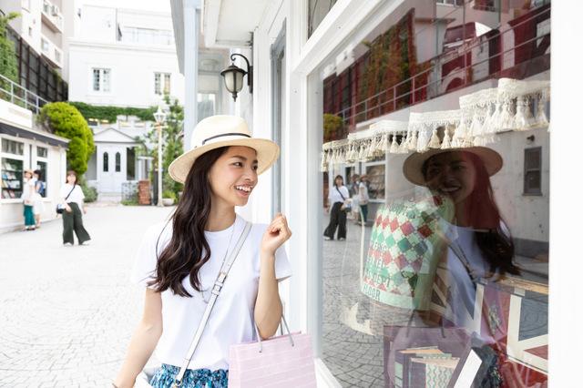 海外旅行時のショッピングの楽しみ方と注意点