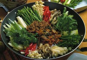 キムチチョンゴル(キムチ鍋)