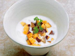 ヨーグルトとサツマイモの甘煮