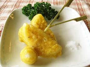 うずら卵のオニオンカレー揚げ