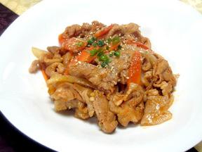 豚肉の甘辛炒め(テジチュムルロク)