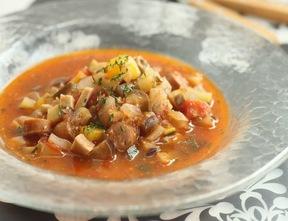 バジルソースの具沢山スープ