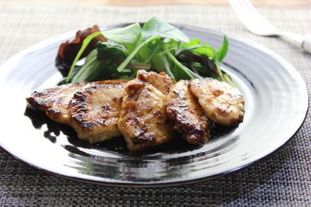 鶏むね肉のマヨポンソテー