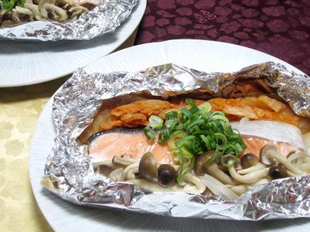 サケとキムチのホイル焼き