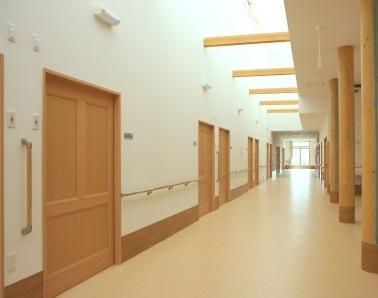 自慢の広くて長い廊下!