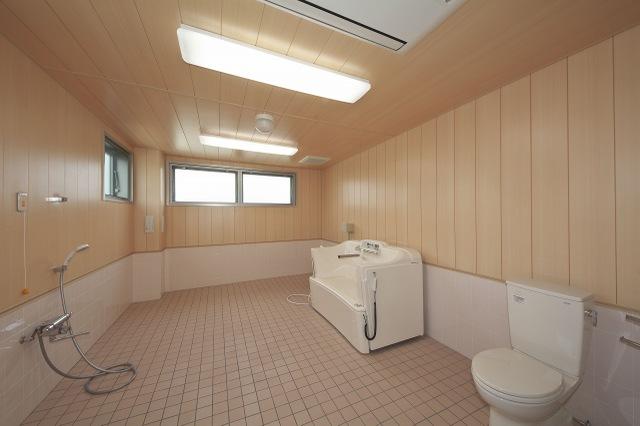 機械浴槽�@