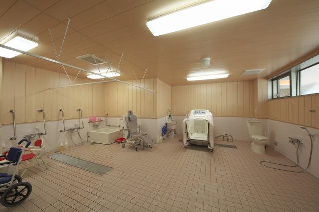 機械浴槽�A