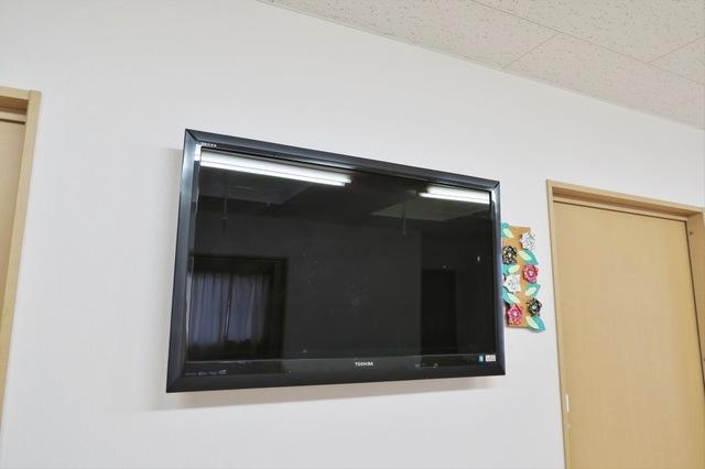 2階食堂テレビ