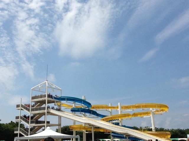 自分に合ったスライダーを選べる『川越水上公園プール』