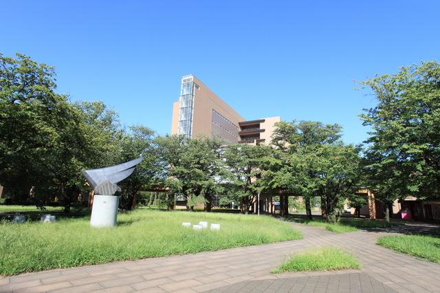 世界でグローバルに活躍する人材を育てる「東京外国語大学」