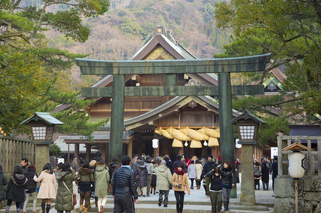 特殊な拝礼方法の神社