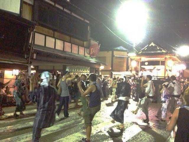 400年以上の伝統を誇る究極の盆踊り!誰でも気軽に参加できる東海のお祭り「郡上おどり」