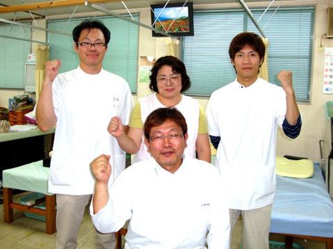 小川院長とスタッフ達