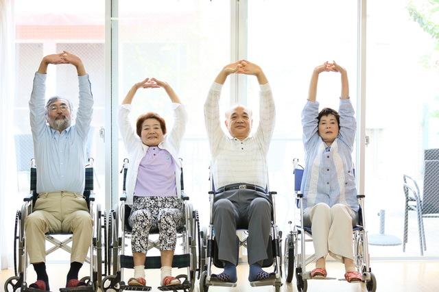 車椅子のストレッチ