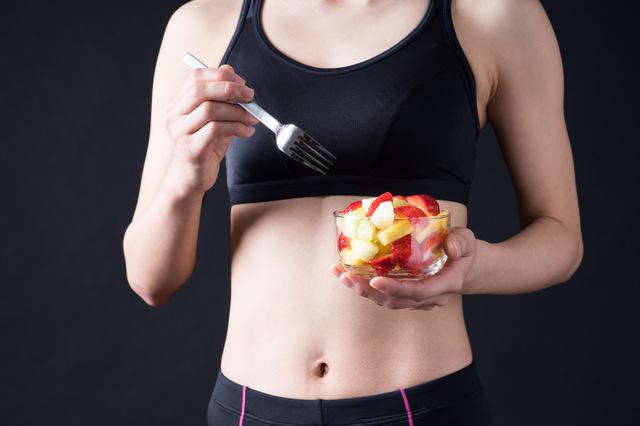 フルーツを食べると太るというのは誤解?