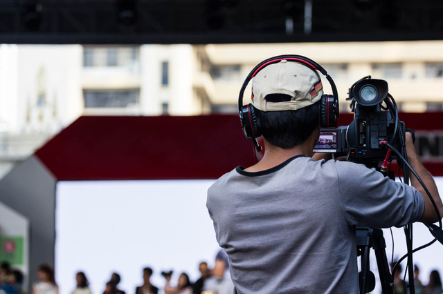【テレビ局のお仕事情報】テレビディレクターの概要と年収