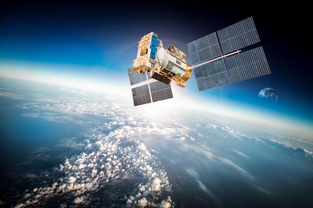 衛星放送とは