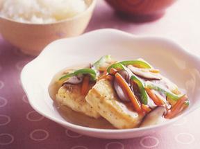 豆腐ステーキ野菜ソース