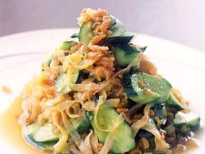 クラゲとキュウリと干しエビの冷菜