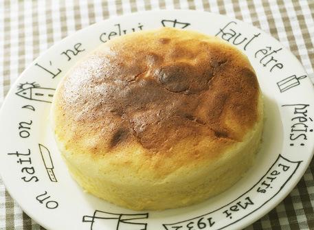 カッテージチーズスフレケーキ