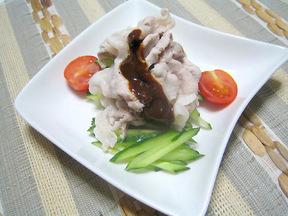 茹で豚の甜麺醤ソース