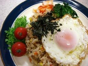 炊き込みビビンバ(韓国風混ぜご飯)