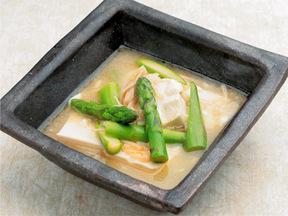絹豆腐とアスパラガスのあんかけ