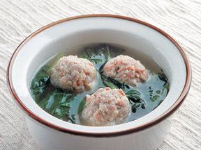 豆腐団子とホウレンソウの中華風スープ