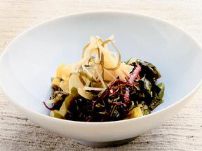 海藻とキャベツのサラダ