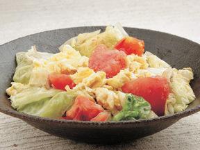 トマトとレタスと卵の中華炒め