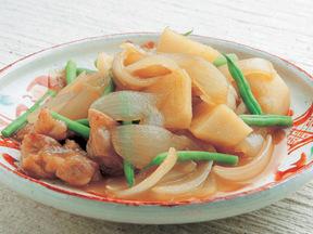 鶏肉とジャガイモとタマネギの炒り煮
