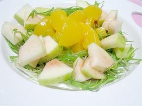 黄桃のフルーティーサラダ