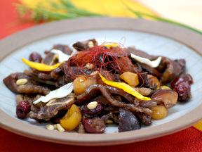 カルビチム(骨付カルビ肉の煮物)