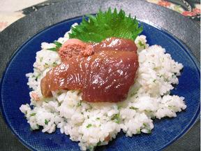 マグロとタラコの混ぜ寿司