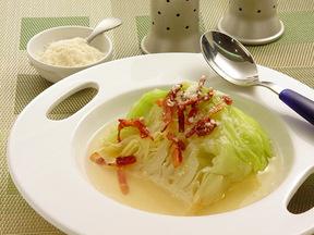 キャベツのスープ煮 カリカリベーコンのせ