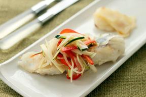 白身魚のソテー さっぱり野菜マリネがけ