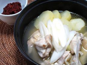 丸鶏鍋(タッカンマリ)
