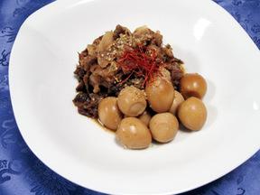牛肉とうずらの卵のしょうゆ煮