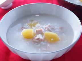 鶏肉とサツマイモのお粥