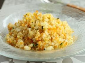 カラフル野菜のカレー風味ご飯