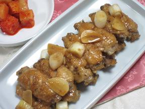 鶏手羽先の煮物(タクナルゲチム)