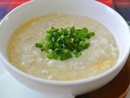鶏ひき肉と長芋と卵のスープ