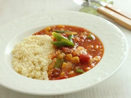 クスクスのレンズ豆スープ添え