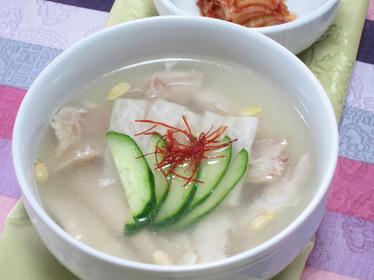 鶏の冷製スープ(チョ..