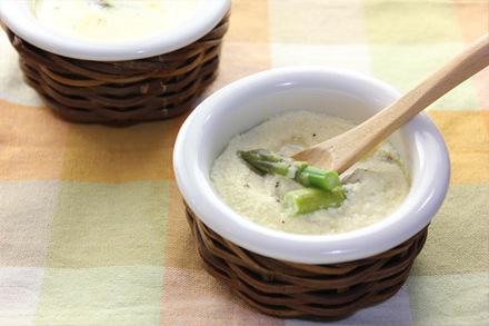 グリーンアスパラガスのチーズフラン