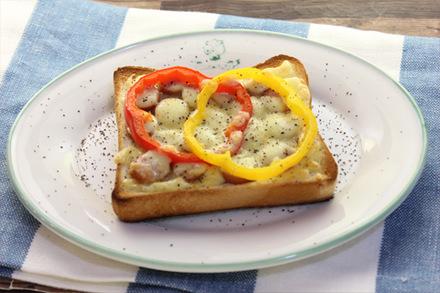 パプリカのチーズトースト