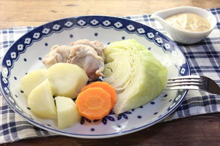 フライパン蒸し野菜のゴマディップ添え